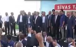 Sivaslılar Etkinlikte Karamollaoğlu'na Sert tepki