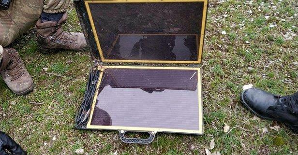 Batman'da PKK'ya ait el yapımı patlayıcı ve güneş panelleri ele geçirildi.